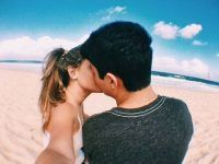 idea foto creativa besandose playa