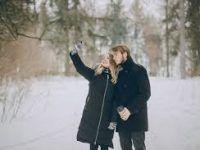 Sesiones de fotos en invierno de Parejas en la nieve