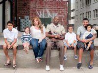 la familia en la calle